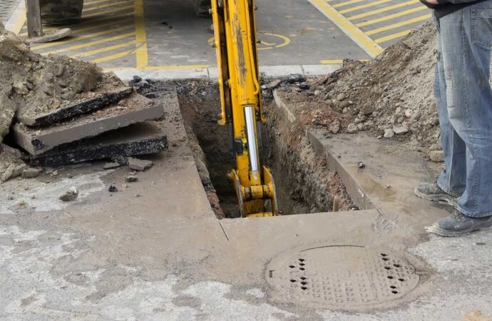 Norfolk Septic Tank Services, Installation, & Repairs Header Image-We offer Septic Service & Repairs, Septic Tank Installations, Septic Tank Cleaning, Commercial, Septic System, Drain Cleaning, Line Snaking, Portable Toilet, Grease Trap Pumping & Cleaning, Septic Tank Pumping, Sewage Pump, Sewer Line Repair, Septic Tank Replacement, Septic Maintenance, Sewer Line Replacement, Porta Potty Rentals